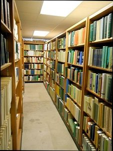 Image of the herbarium library at UWO.