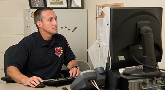 Firefighting Certificate Student, Brian Bending