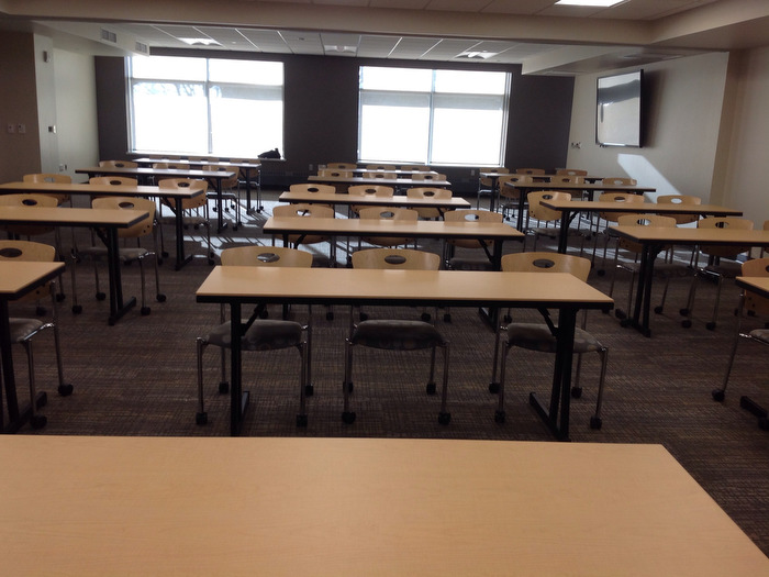 reservations-temp_212-classroom