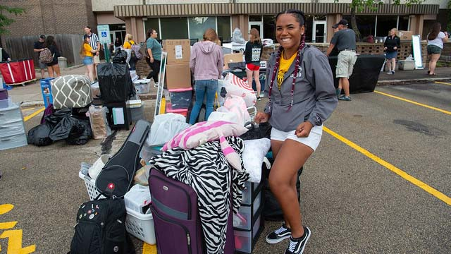 Nearly 3,000 UWO students prepare to move-in at Oshkosh campus