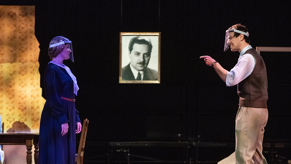 'The Glass Menagerie' rehearsals: Theatre students ready to launch virtual season