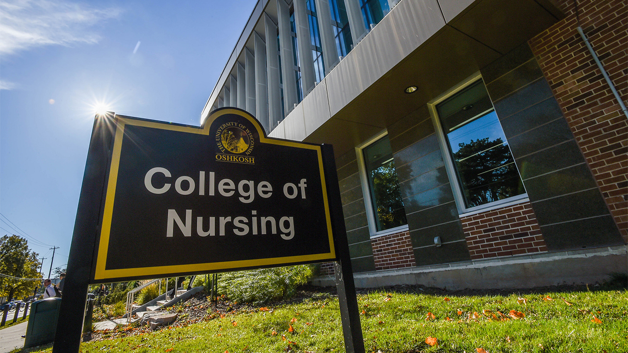 Nursing alumnae save the day in two unexpected medical emergencies