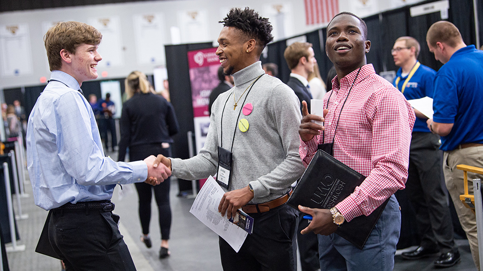 Spring Career Fair on the Fox draws record number of students