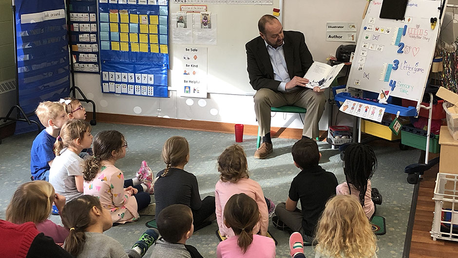 Campus community takes part in World Read Aloud Day