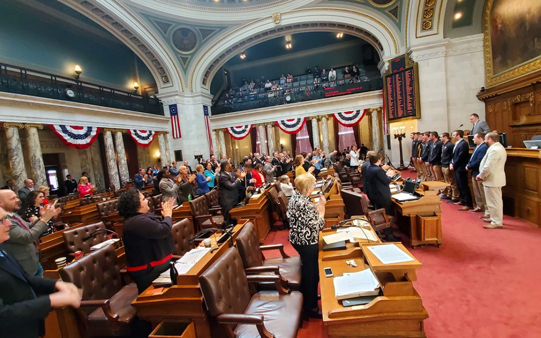UWO men's basketball honored by Wisconsin Assembly