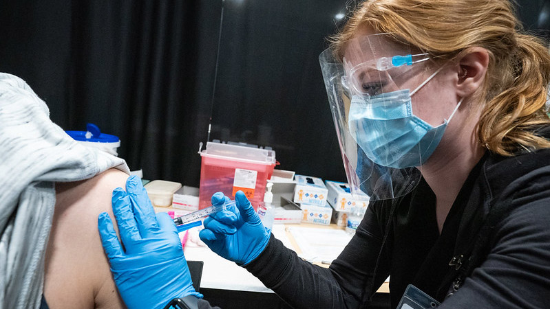UWO students get hands-on experience administering vaccines to community