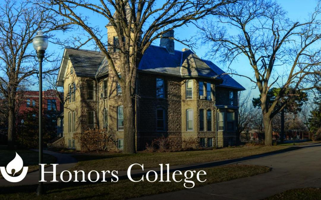 18 UWO seniors present capstone projects during fall Honors Thesis Symposia
