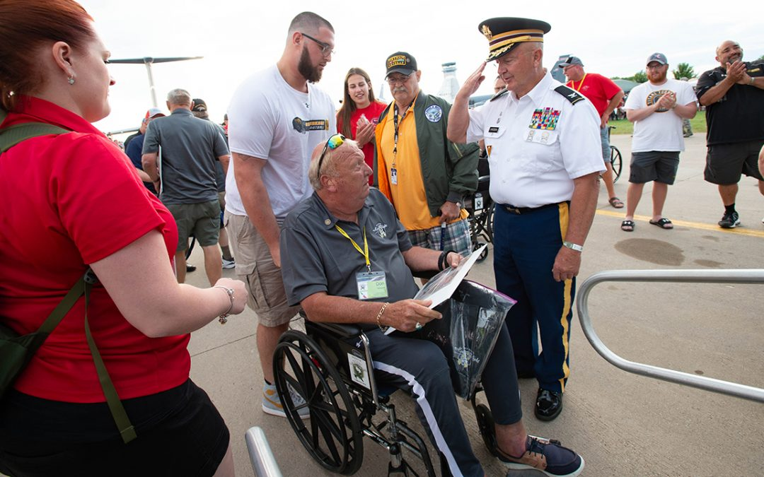 Football assists veterans on Yellow Ribbon Honor Flight