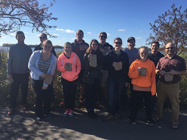Students partake in semester-long shoreline restoration project