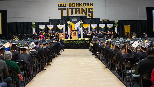 UW Oshkosh campus spring commencement to be held May 18