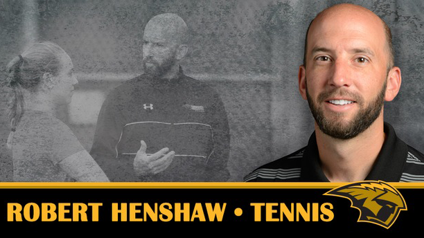 Tennis head coach Robert Henshaw steps down