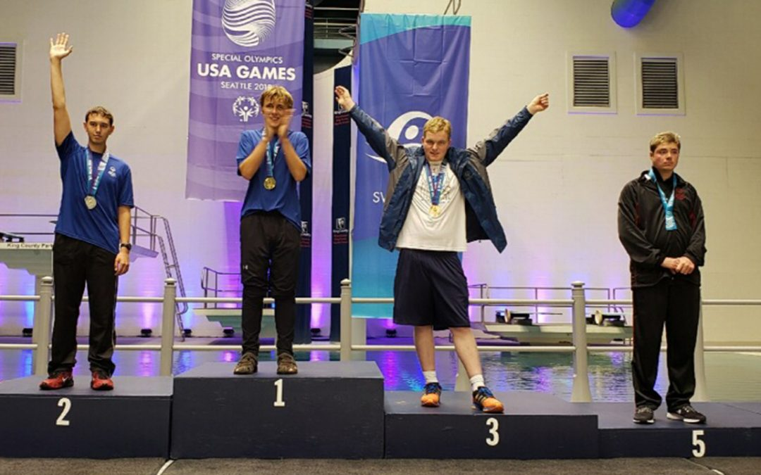 "Teen who trains at UWO has ""golden"" week at Special Olympics USA Games"
