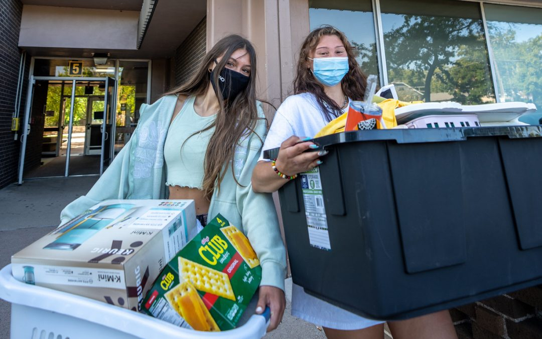 Fall 2021: Students move in before start of new semester