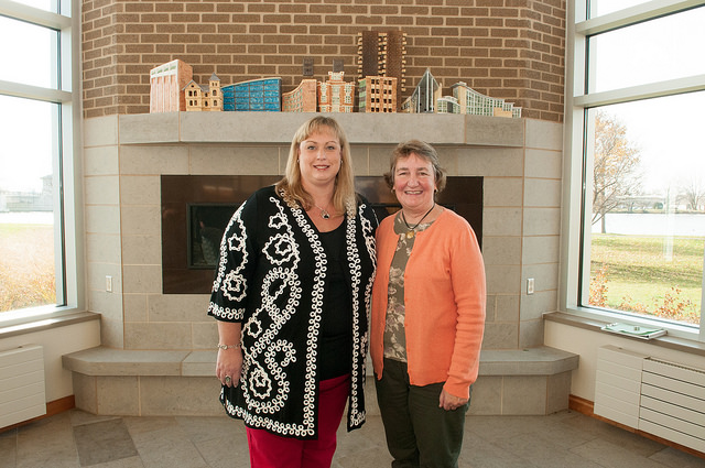 Pair of UW Oshkosh alumnae honored with Professor for a Day opportunity