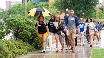 Hundreds of incoming UWO first-year students launch college career with Titan Takeoff