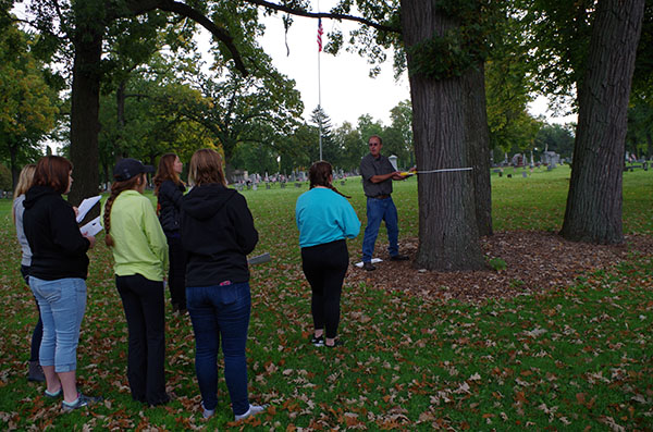 Urban planning class works to preserve historic trees