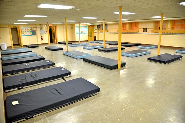 UW Oshkosh helps local shelter thrive